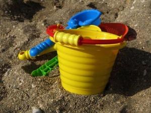 stock-bucketsand